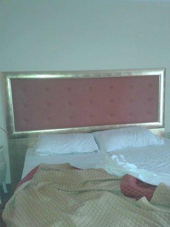 Hotel All'Alba: mega letto