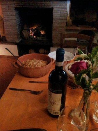 Agriturismo Gli Arancini : cena davanti al camino
