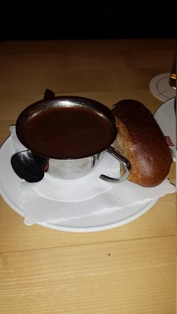 Früh am Dom: The oxtail soup was like a heavy beef soup. Almost a thin gravy.
