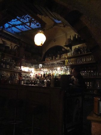 Osteria Santo Cielo: Il bar