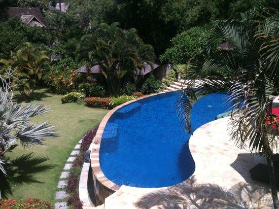 Villa Menari Bali: gorgeous pool from the main villa upper room