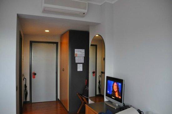 Mamiani Hotel Urbino : ingresso camera