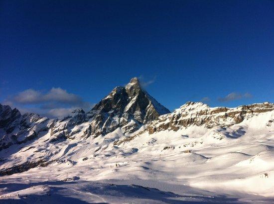 Breuil-Cervinia Ski Area: Quando vedi il Cervino così ...