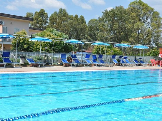 Village Due Elle: piscina