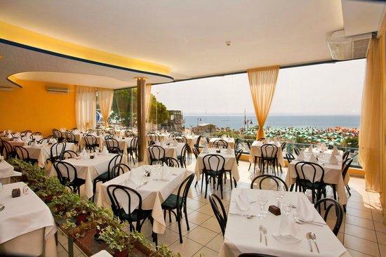 Hotel Marco Polo Caorle: sala da pranzo