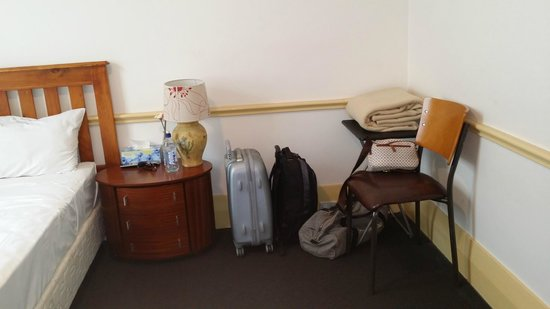 Sydney Darling Harbour Hotel: Bedroom