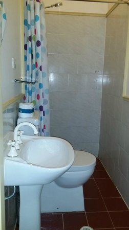 Sydney Darling Harbour Hotel: Bathroom/Toilet
