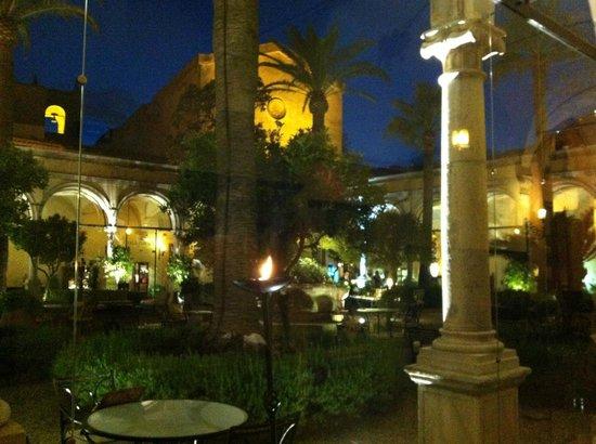 San Domenico Palace Hotel : Main patio