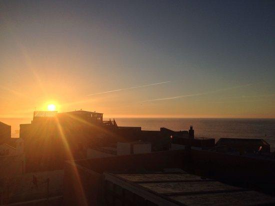 Riad Dar Afram: Sunset on terrace