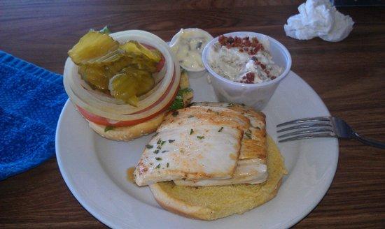 Bayou Joe's: Mahi sandwich.