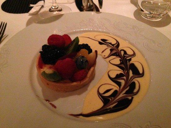 Brasserie Angelique : Fruit tart - devine!