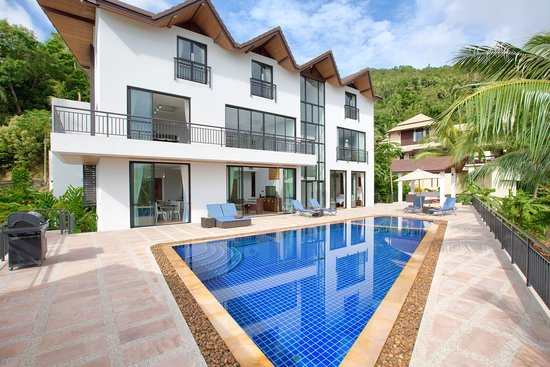 Villa Velks: Villa View from Dining Sala