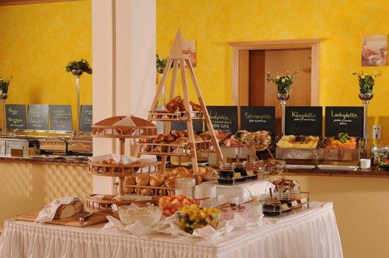 Hotel Dependance Erb: Frühstücksbüffet im Best Western Plus Hotel Erb