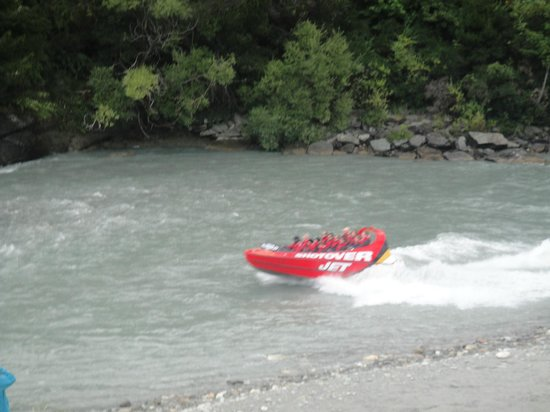Scenic Suites Queenstown : Shotover jet