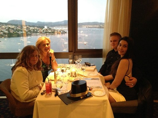 The Point Revolving Restaurant: Wonderful views ... let down by the service and the food