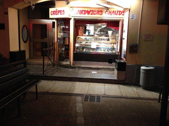 La Maison du Burger LMB: Midnight le soir