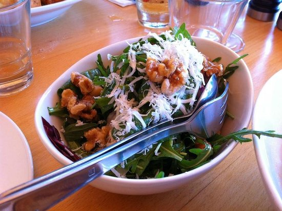 Beach Byron Bay: Side salad with walnuts, rocket and salted ricotta