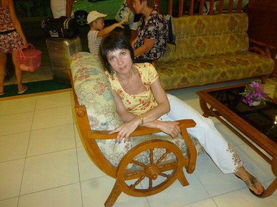 Baumancasa Karon Beach Resort : холл отеля