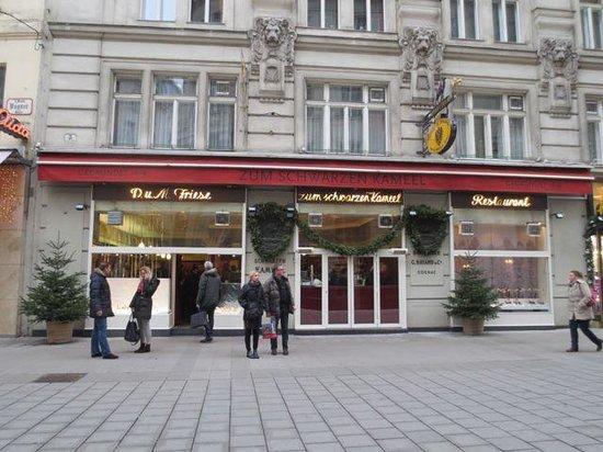 Zum Schwarzen Kameel : Un fameux restaurant !