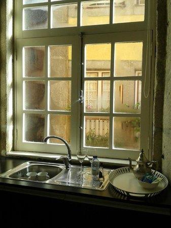 PortoSense: Janela da cozinha do apartamento