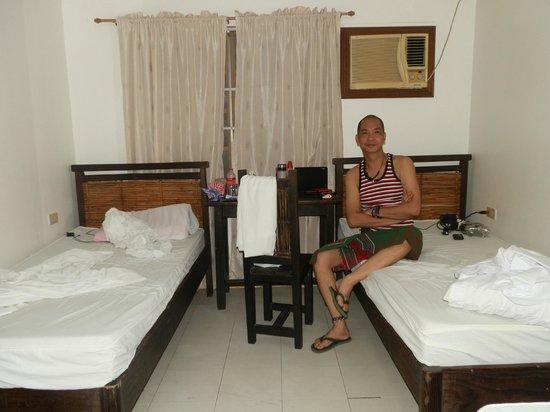 Manila International Youth Hostel Federation : my two beds
