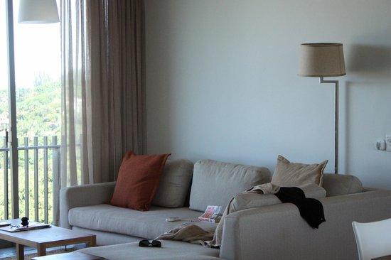 Dash Luxury Apartments: Lounge Area
