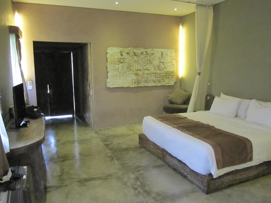 Blue Karma Hotel: Bedroom
