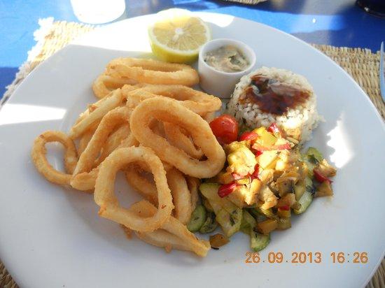TAROS CAFE RESTAURANT : Calamar frais en beignet