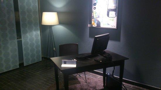 First Hotel Marina: Guest PC