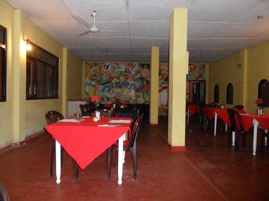 Shahira Hotel Nilaveli: Essbereich
