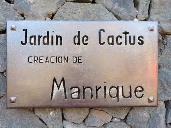 Jardin de Cactus : panneau  d'entrée