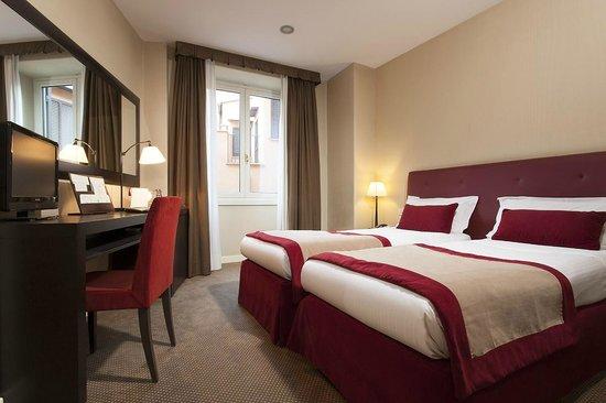 Hotel Dei Borgognoni : Twin Classic room