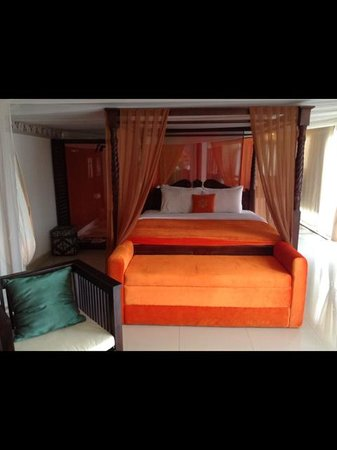 The Mansion Resort Hotel & Spa: Our room