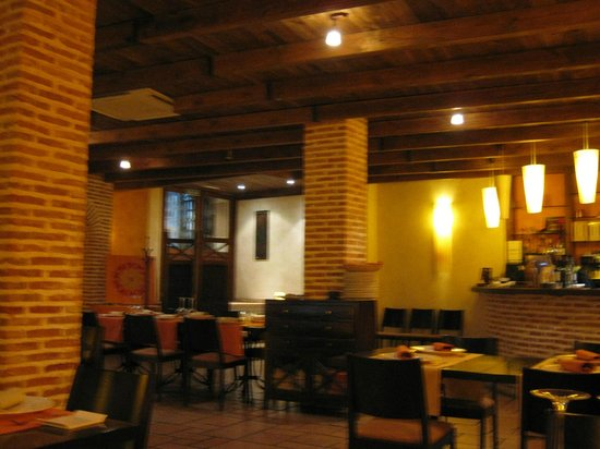 Madre Tierra : The dining area