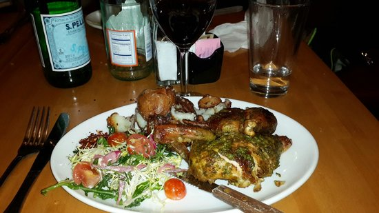 Wolfgang Puck Bistro: Delicious Grill Chicken