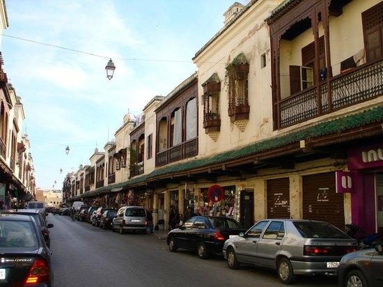 Fez Mellah : Una via principale della Mellah di Fes (Quartiere ebraico)