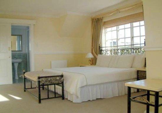 Birkenhead Manor Boutique Guest House: room