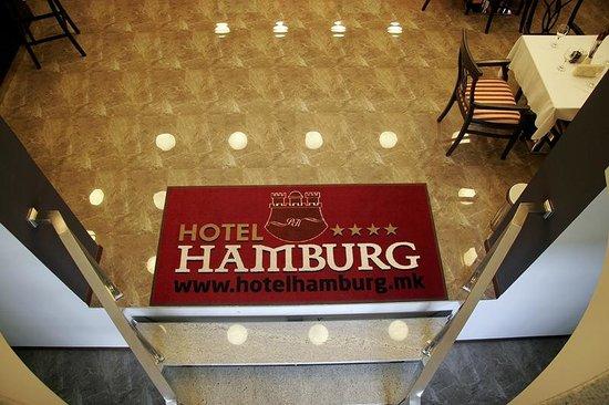 BH Hotel Hamburg: Foaye Stairs