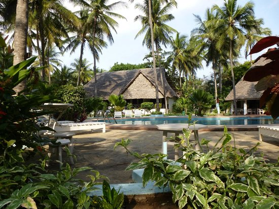 Kilifi Bay Beach Resort: piscine
