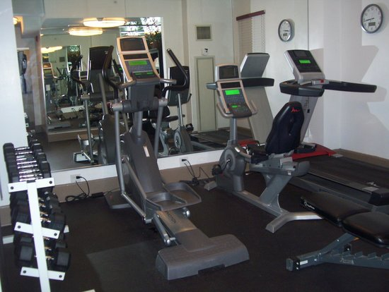 Holiday Inn Express Hotel Cass: small gym