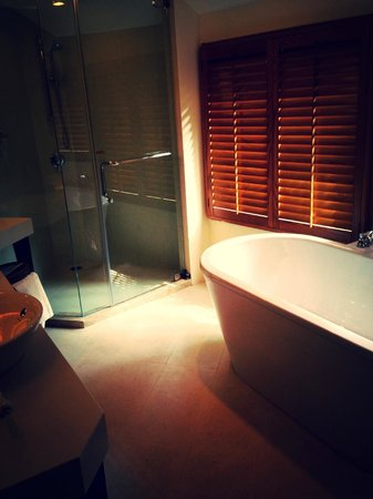 Rayavadee Resort: bathroom