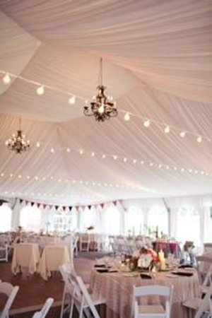 Quechee Inn At Marshland Farm: Inside the Reception Tent