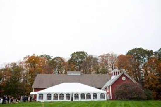 Quechee Inn At Marshland Farm : Reception Tent
