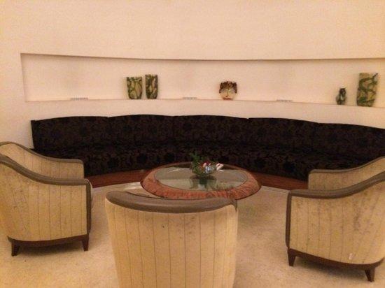 UNA Hotel Roma : salottino all'ingresso