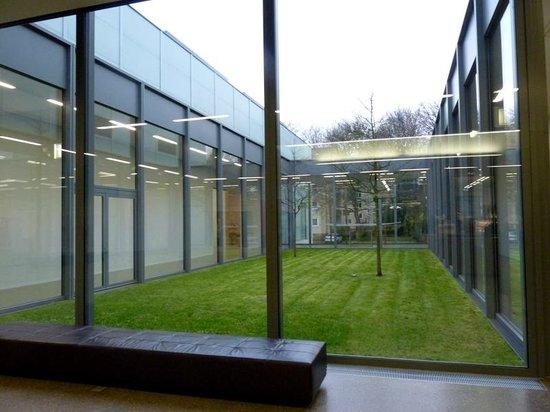 Museum Folkwang: Detalhe dos espaços entre galerias