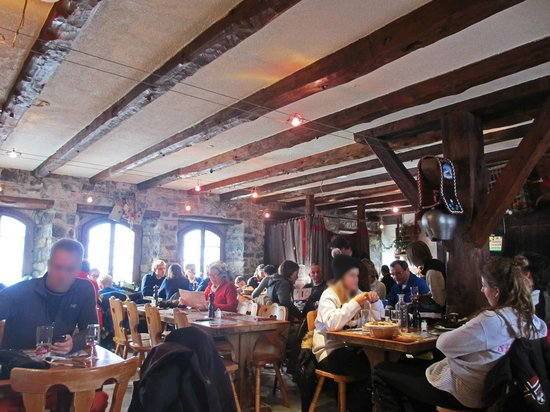 Excellent restaurant on the ski slope in les crosets for Champery restaurant