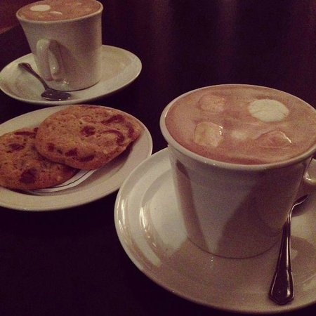 Redcastle Hotel: Hot chocolate & mallows and freshly baked cookies, part of the 'Snuggle Up' package