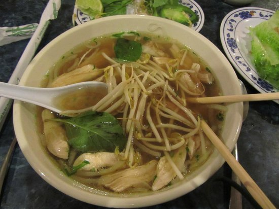 Vietnam Cafe: Pho with Chicken