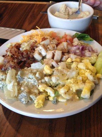 Corner Cafe: Cobb salad