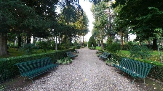 Istituto Suore S. Giovanni Battista - Villa Merlo Bianco: Giardino